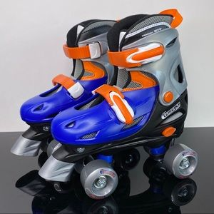 chicago Other - New Chicago Boy's Quad Roller - M